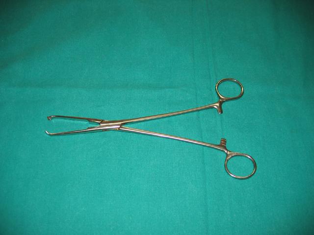 Artery forceps/Haemostatic forceps - Surgical Technology